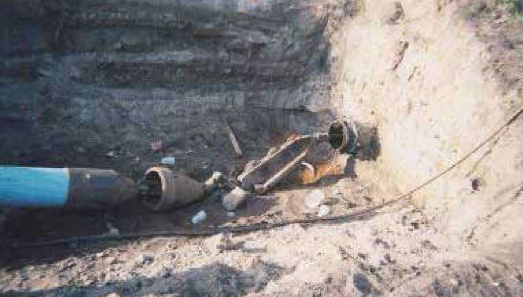 Trenchless construction options pipe bursting pvc